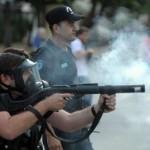 الشرطة التركية تستخدم الغاز المسيل للدموع ضد متظاهرين في اسطنبول