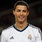 رباعية من ماكينة الأهداف رونالدو تقود ريال للفوز في اسبانيا