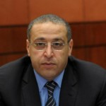وزير الاستثمار المصري : خفض الحد الأقصى لضريبة الدخل إلى 22.5% اعتبارا من 2015-2016
