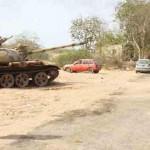 قصف طرق إمدادات الحوثيين بين إب وتعز
