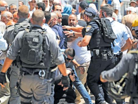 القدس تشتعل بالعنف